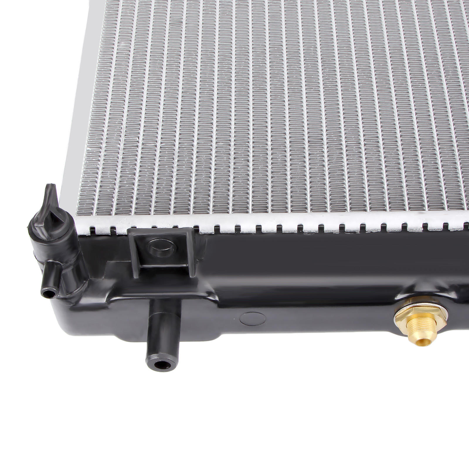 Radiator For Mitsubishi Pajero 3.0/3.5/3.8L V6 NM/NP/NS/NT Pajero Petrol AT/MT